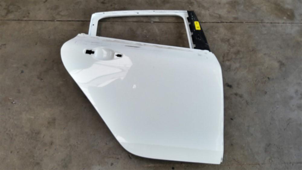 Porta traseira direita Peugeot 208 original