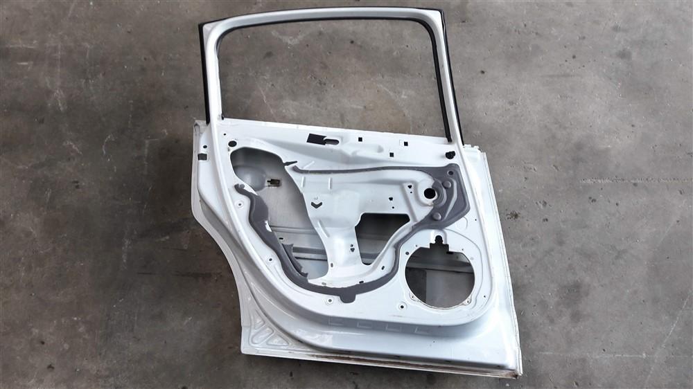 Porta traseira esquerda Citroen C4 Hatch 2008 2009 2010 2011 2012 2013 original