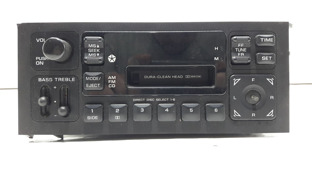 Rádio cd player som Chrysler Grand Caravan 1996 1997 1998 1999 2000 original