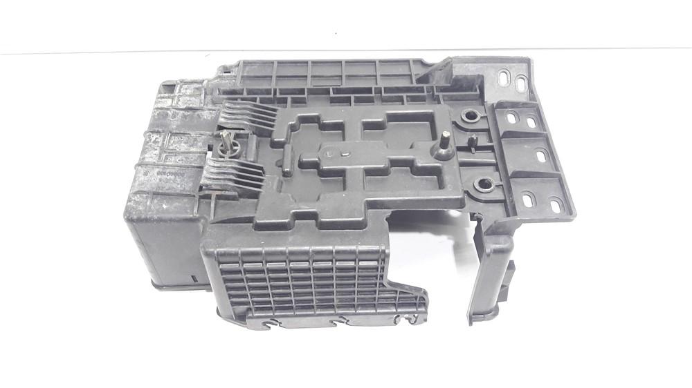 Suporte base caixa bateria Citroen C3 1.4 8v original