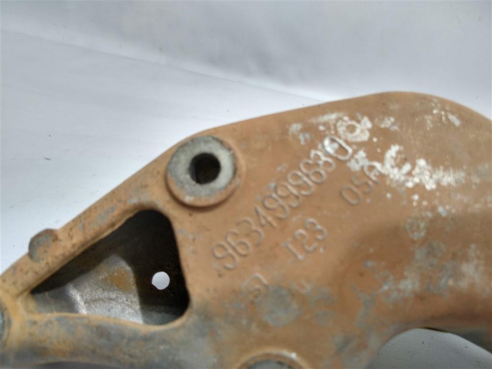 Suporte motor direito Peugeot 206 207 1.4 8v