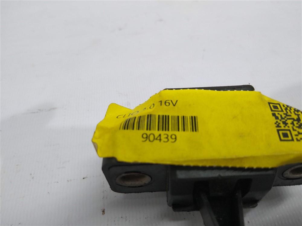 Trava fechadura porta malas Clio 2001-2008