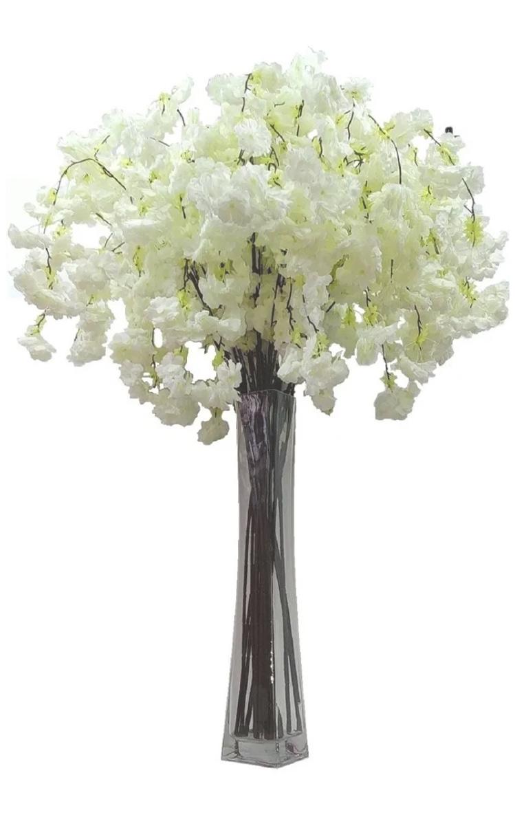 Galho de Flor de Cerejeira