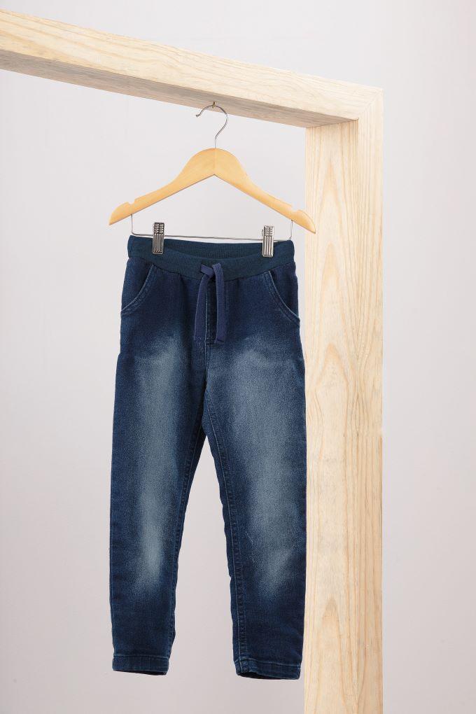 Calça em Jeans Moletom - Tam 12 a 14 anos