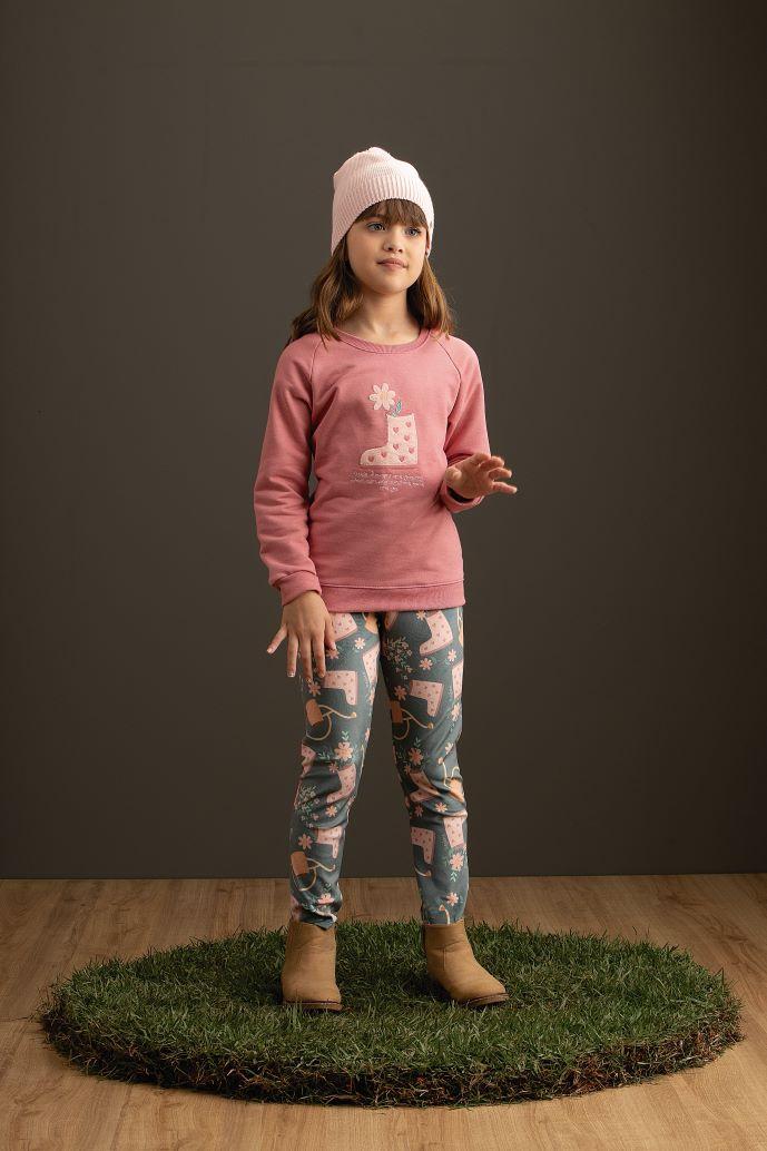 Conjunto botinha de flores Blusa em moletom e calça em plush estampado - Tam 4 a 8 anos