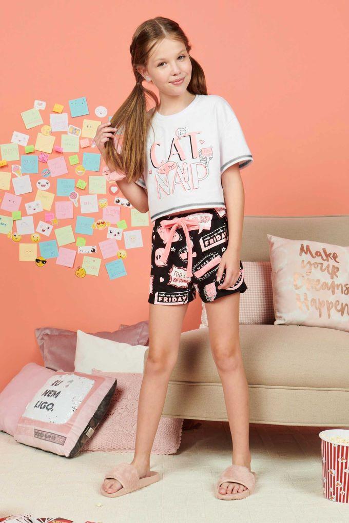 Conjunto pijama blusa manga curta e short em algodão estampado- Tam 12 a 18 anos
