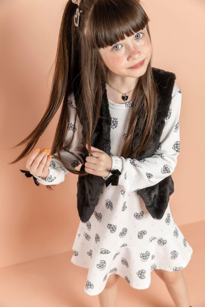 Vestido em jacquard estampado com colete em pelo- Tam 8 a 12 anos