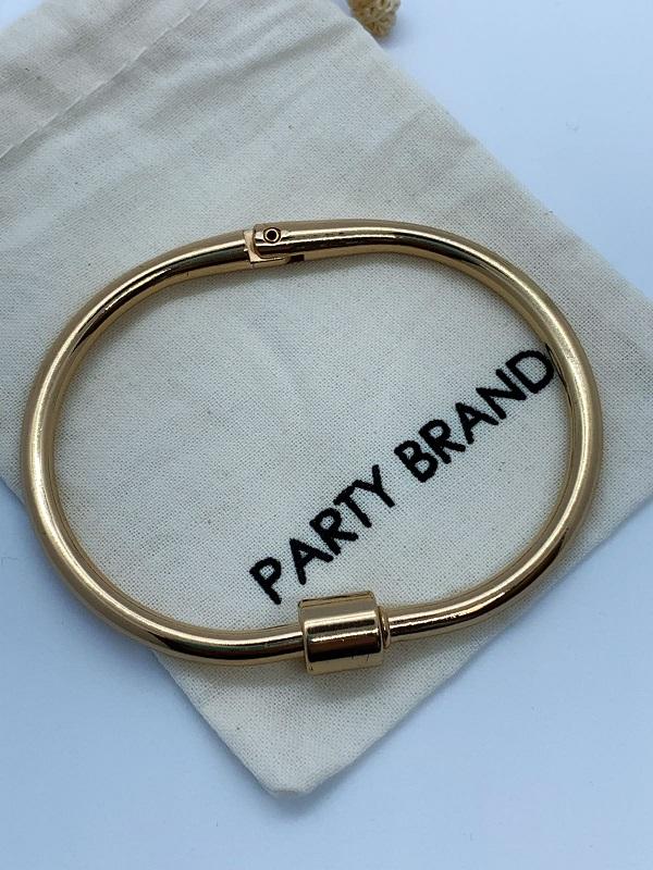 Bracelete Fecho Dourado