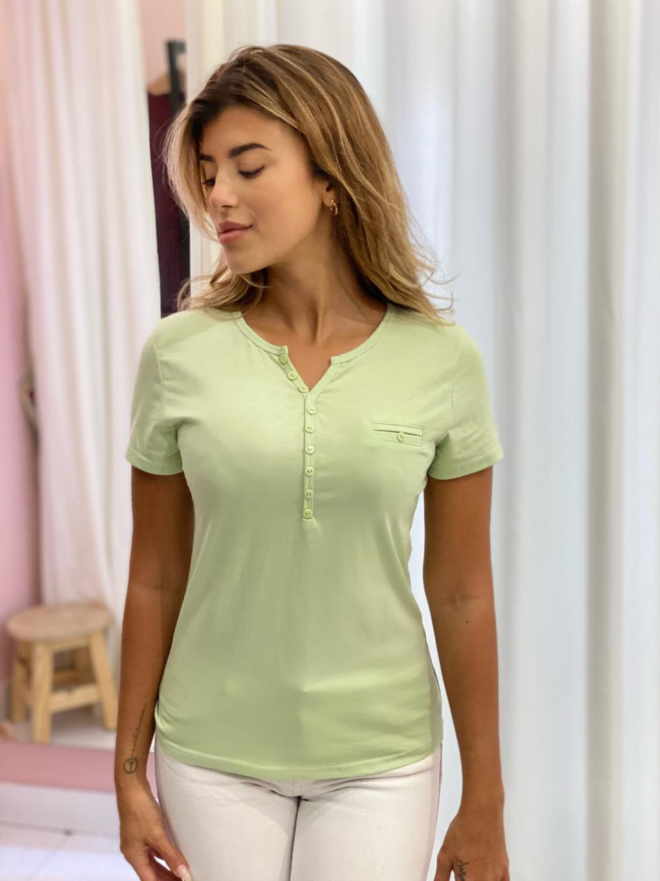 Blusa Basic Verde