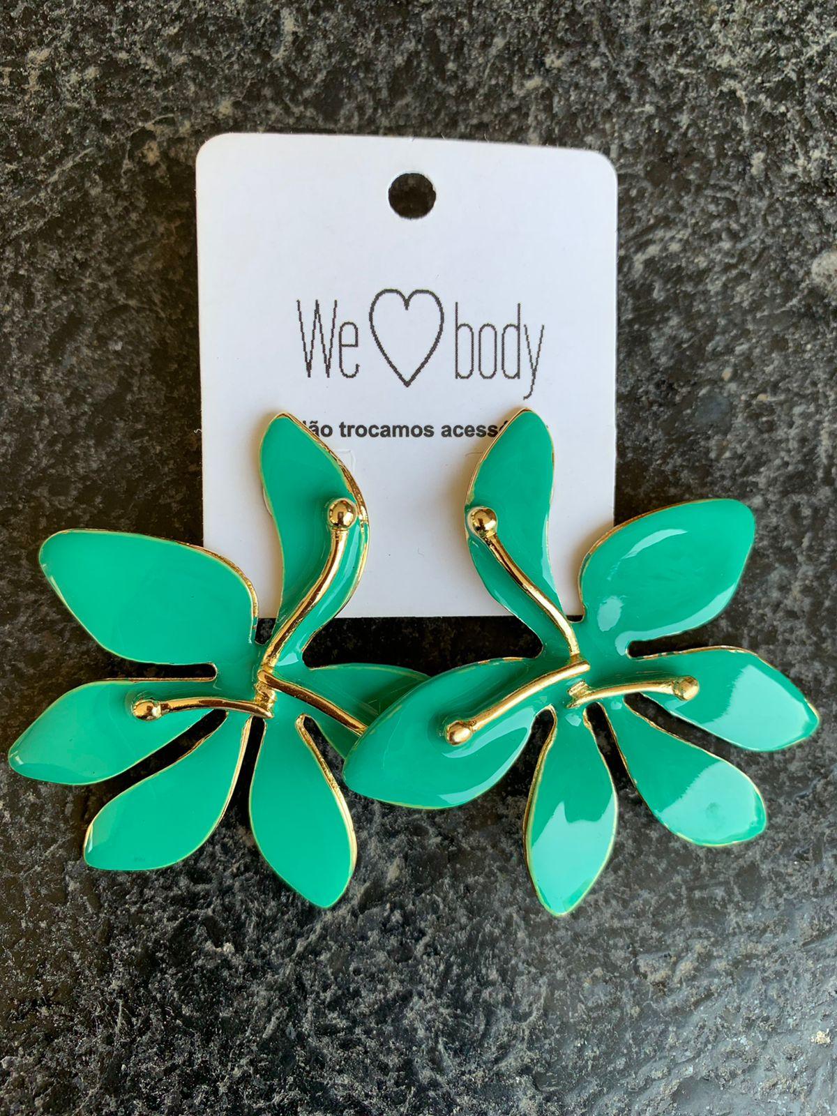 Brinco Esmaltado Leaf Tiffany