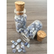 Frasco vidro incolor Cascalho de Quartzo Azul tamanho médio 25g