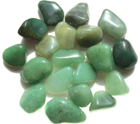 Pedras quartzo verde P - 5 pedras (total 20 a 25g)