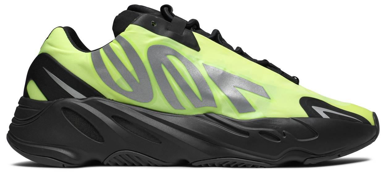 Tênis Adidas Yeezy 700 MNVN Phosphor