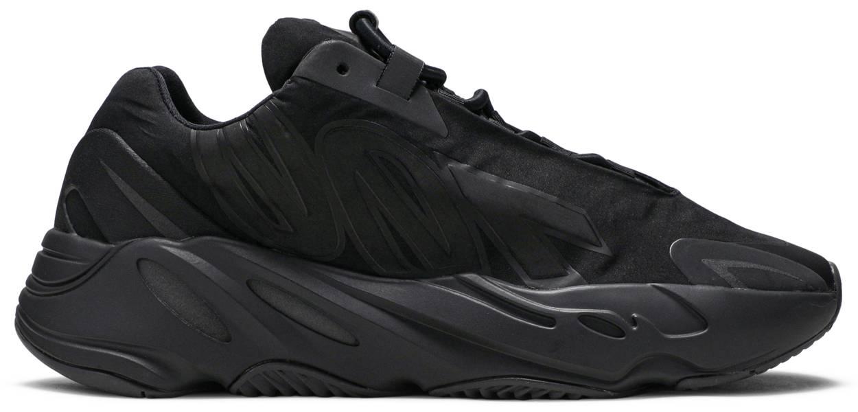 Tênis Adidas Yeezy 700 Triplo Black