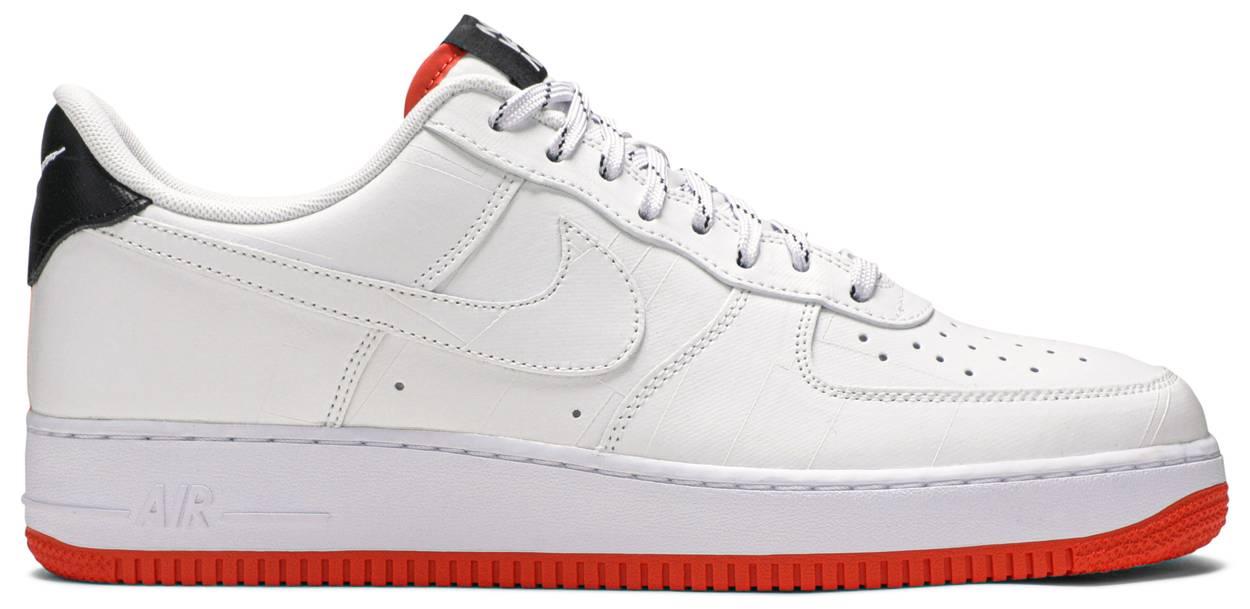 Tênis Nike Air Force 1 '07 LV8 NY vs NY