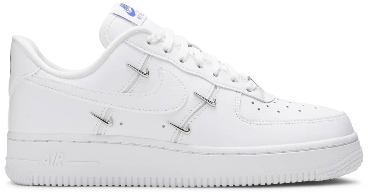 Tênis Nike Air Force 1 '07 LX Sisterhood - White Metallic Silver
