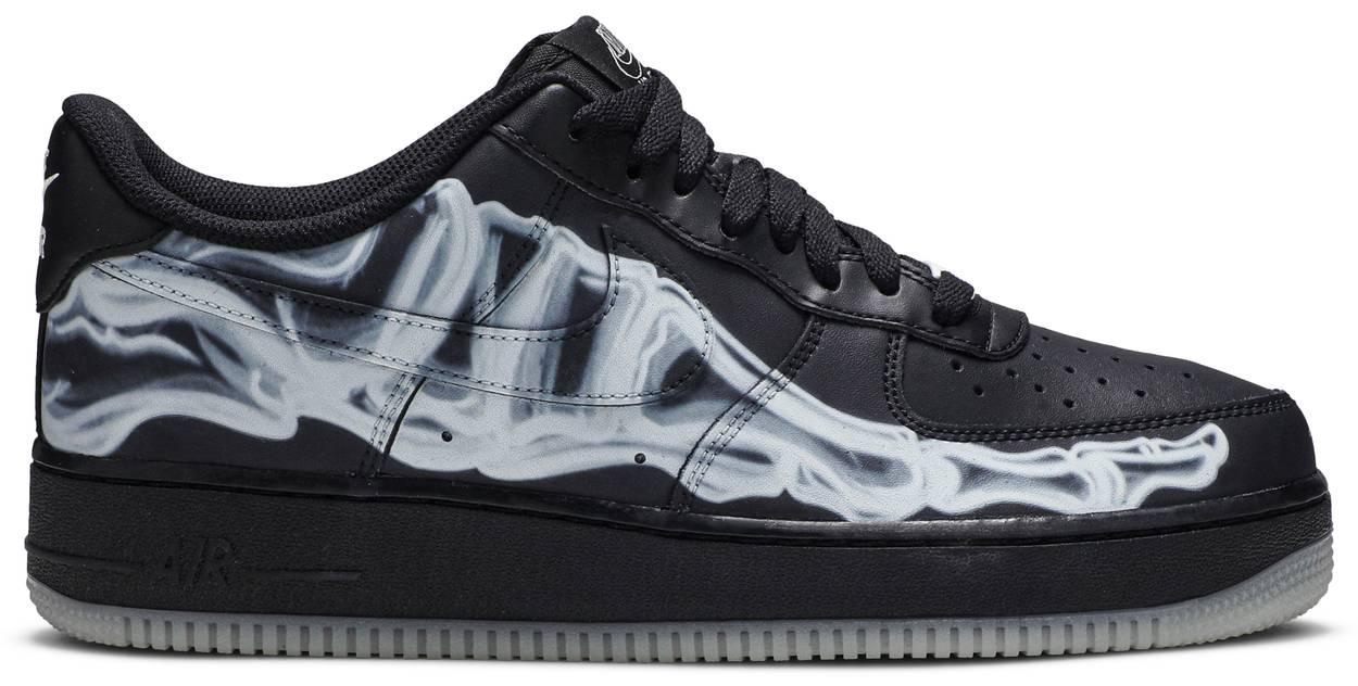 Tênis Nike Air Force 1 '07 QS Black Skeleton