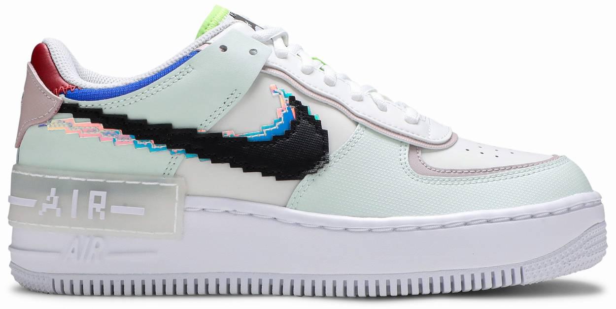 Tênis Nike Air Force 1 Shadow Pixel Swoosh - Barely Green