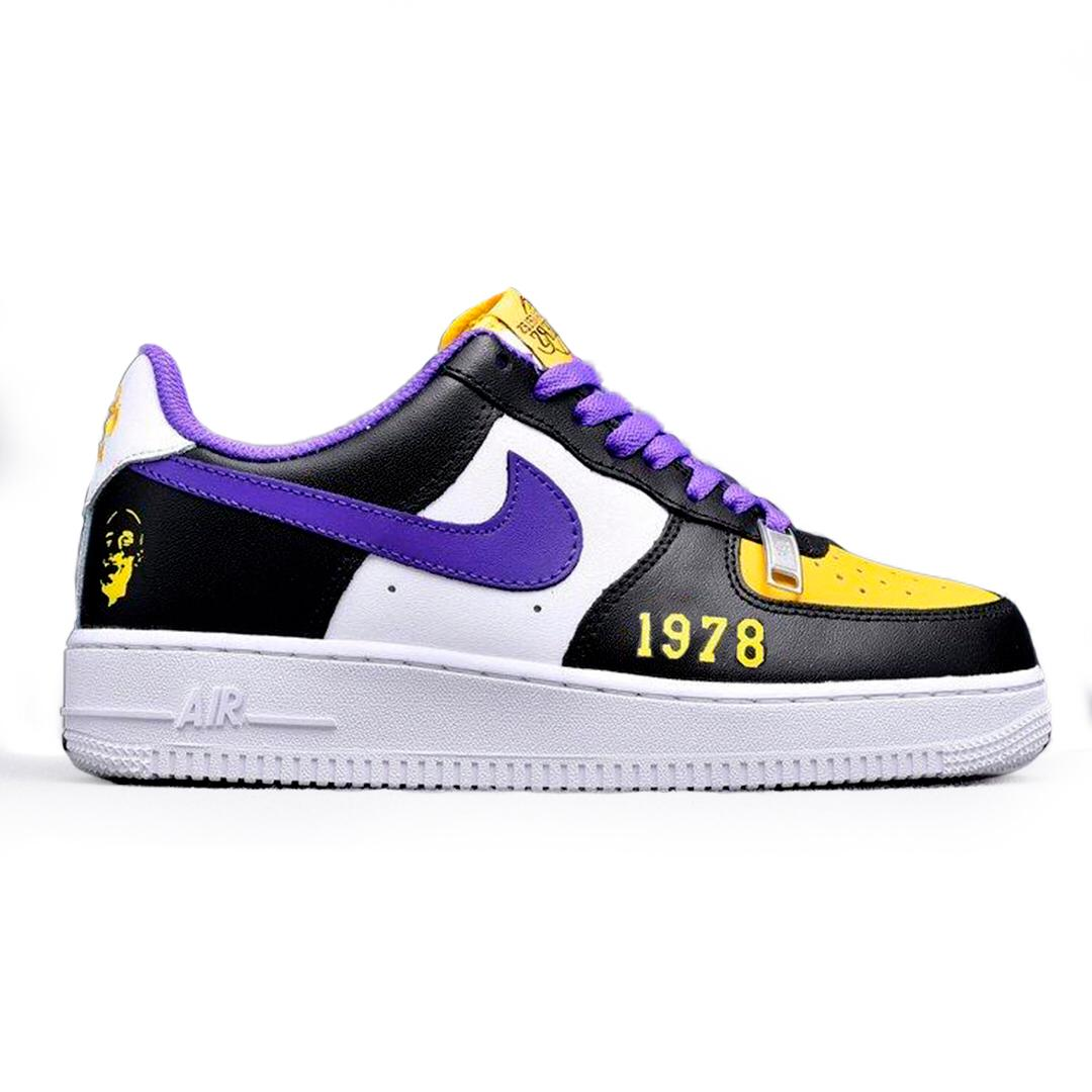 Tênis Nike Air Force 1 x Kobe