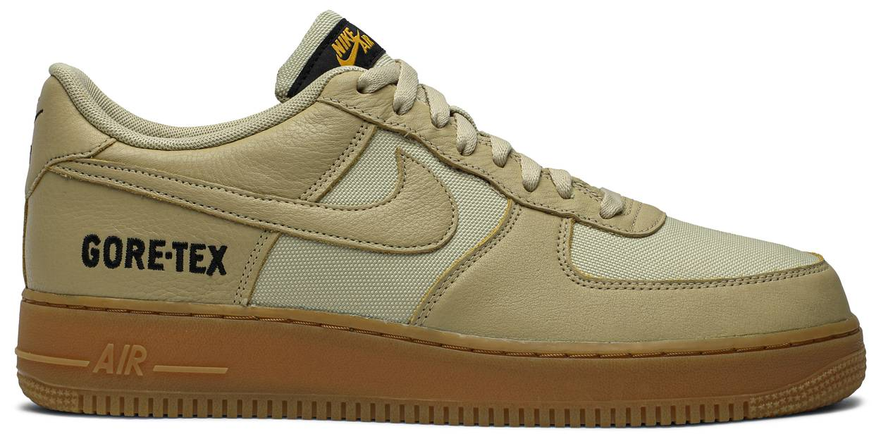 Tênis Nike Gore-Tex x Air Force 1 Low Gold