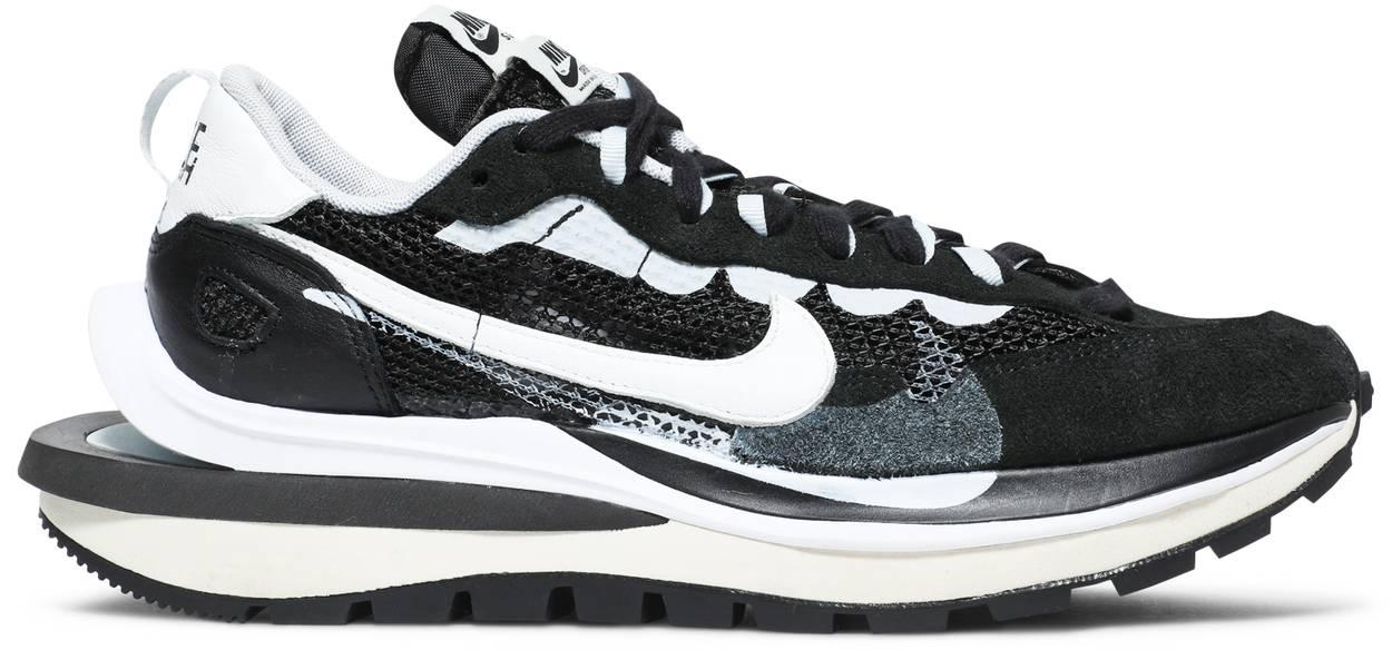 Tênis Nike Sacai x VaporWaffle Black White