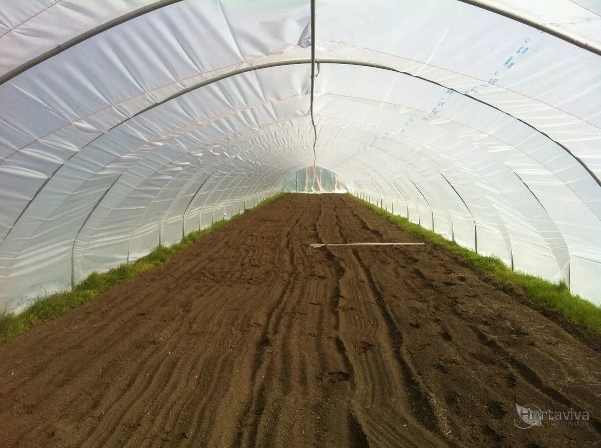 Filme Plástico para Estufa Agrícola  4m x 25m - 100 micras