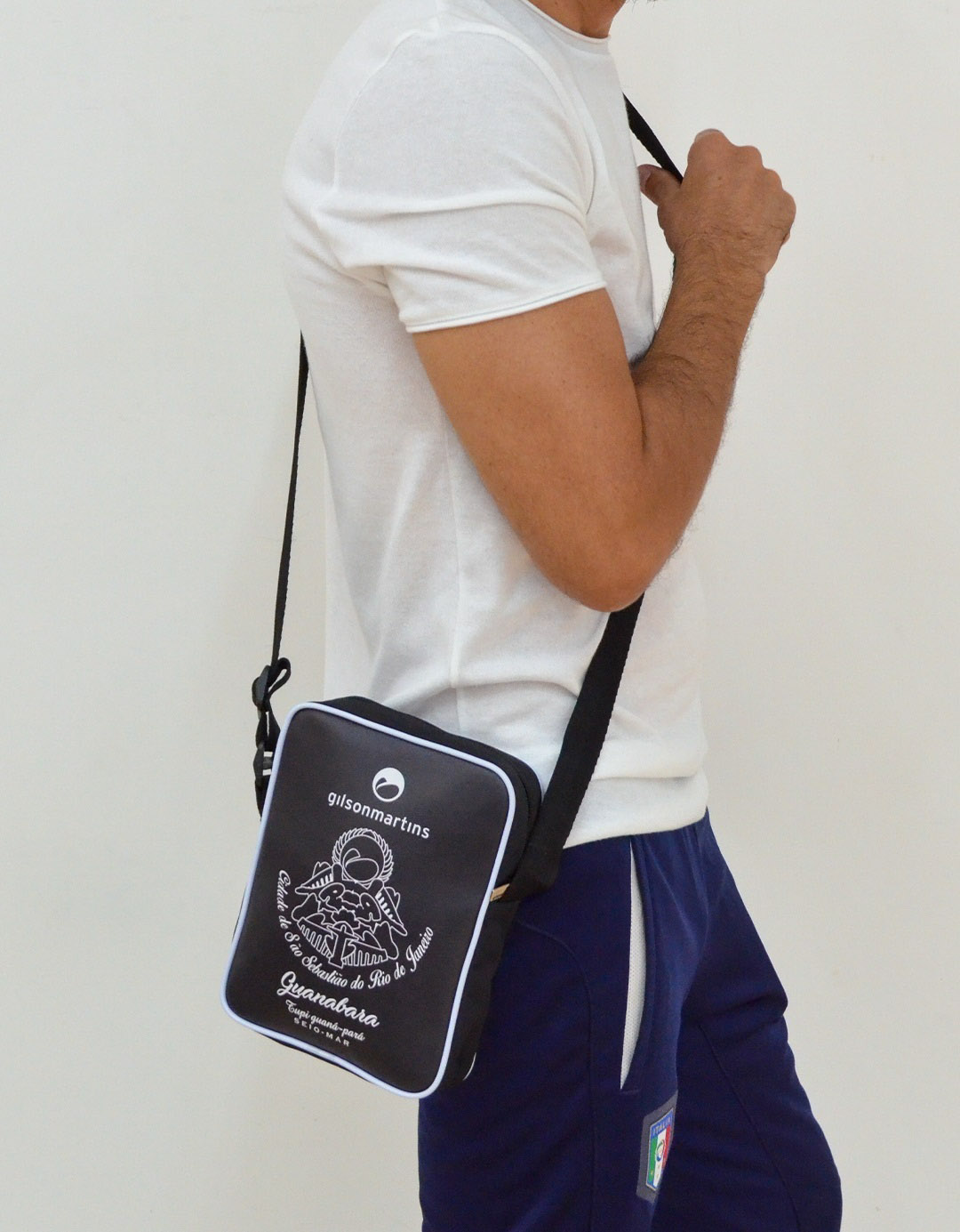 Bolsa Transversal Cross Bag Preta Nico Guanabara