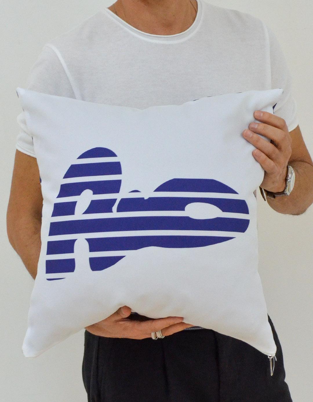 Capa de Almofada Dupla Face Assinada Gilson Home - Navy Rio