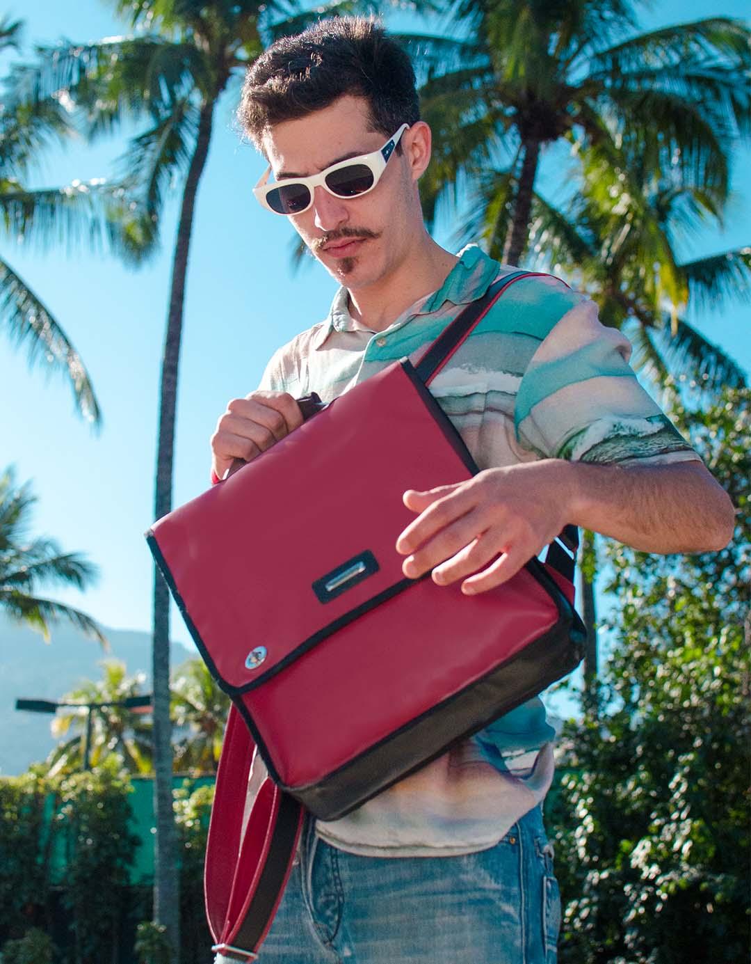 Mochila Unissex Vermelha Gilson Notebook