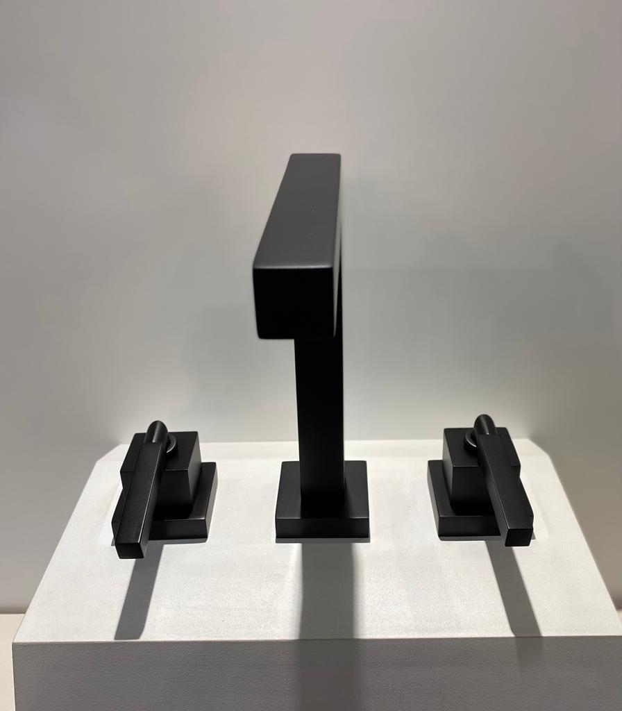 Misturador de Lavatório Deca Quadratta Black Matte