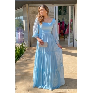Vestido longo para madrinhas de Azul Serenity. Para casamento diurno e noturno no campo ou na praia.