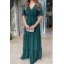 Vestido madrinha de casamento Verde Bandeira. Para casamento noturno e diurno, no campo ou na praia.