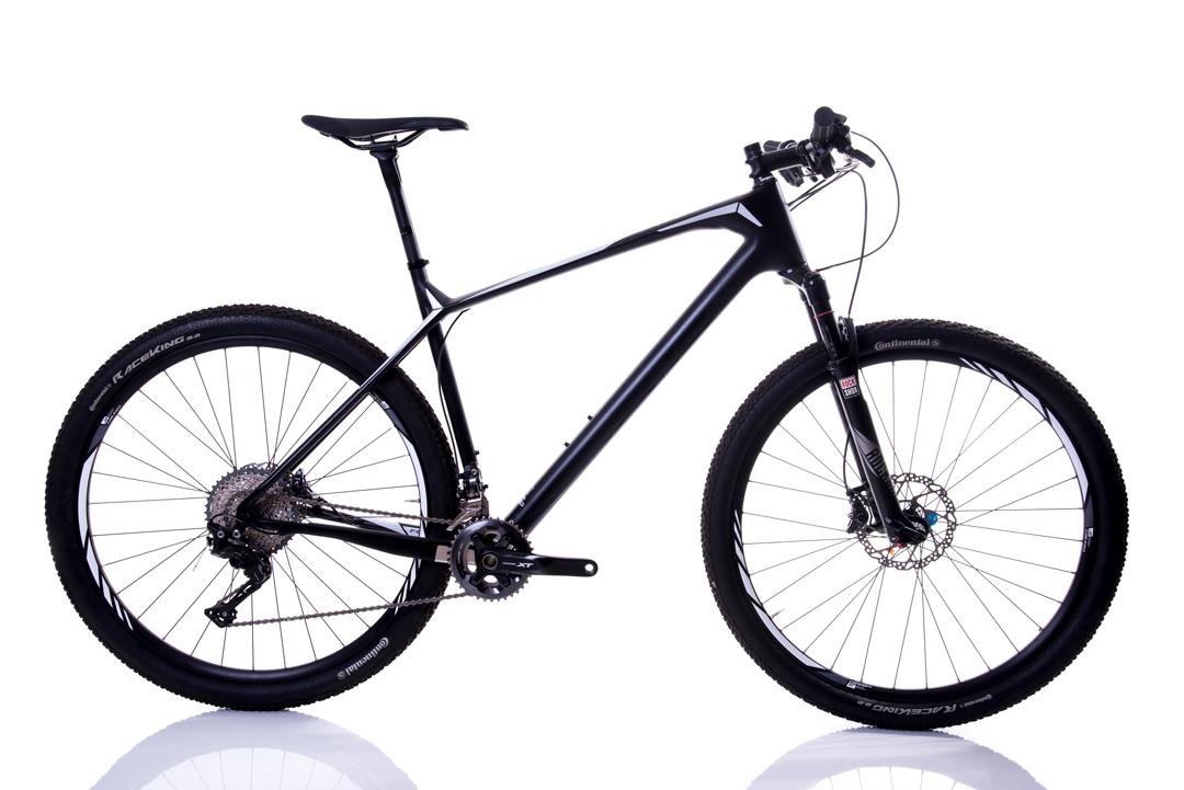 Bicicleta Focus Raven Max Shimano Deore XT 22v Rock Shox