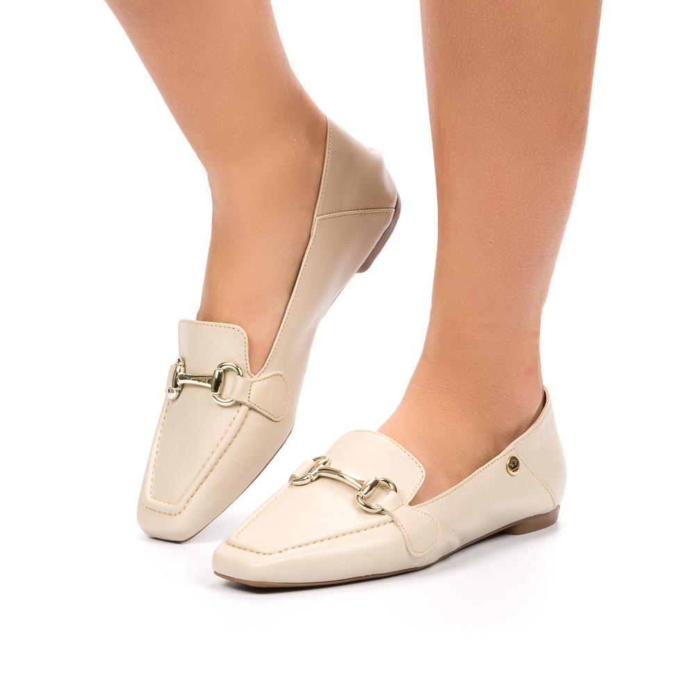Loafer Gisele couro off white