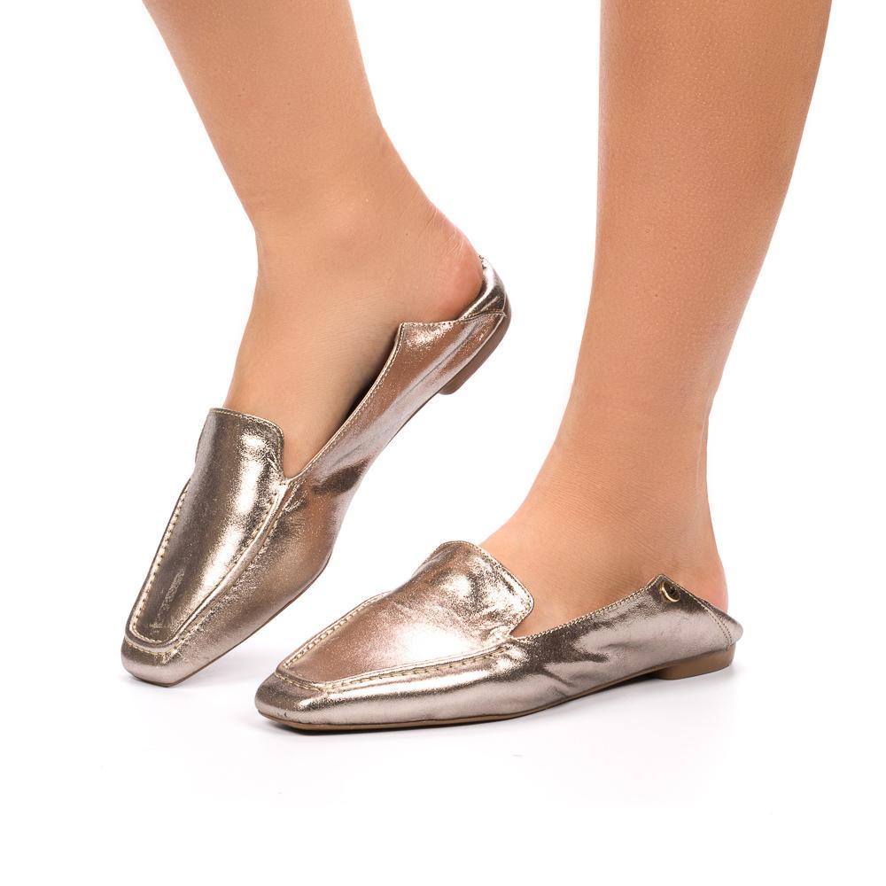 Loafer Livia couro metalizado onix