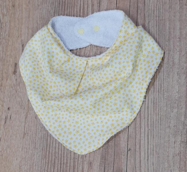Babadores Florzinhas Amarelo, Azul e Branco - Leve 3 Pague 2