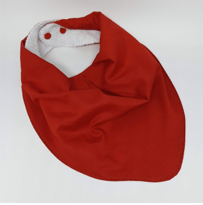 Babadores Vermelho Liso, Vermelho Poá e Vermelho Corações - Leve 3 Pague 2