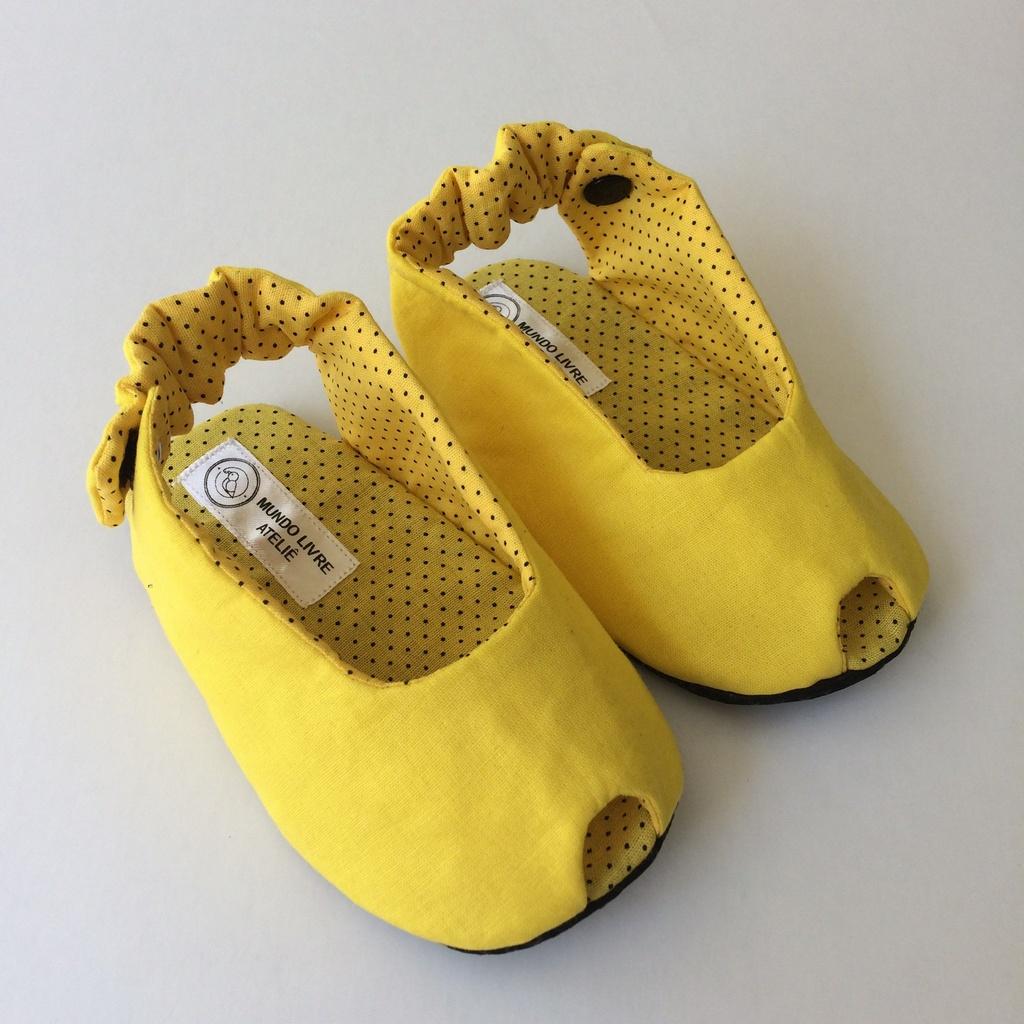 Sapatinho Peep Toe Amarelo Poá