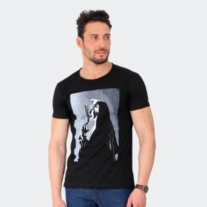 Camiseta Skuller Masculina Prayer Preta