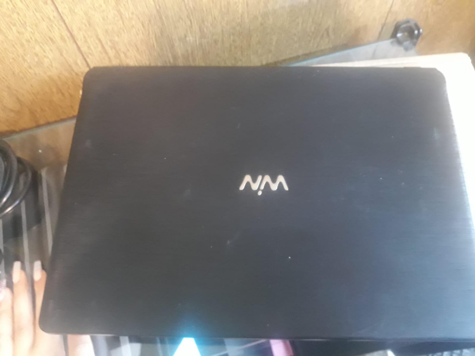 Notebook Cce 4GB de RAM 500GB