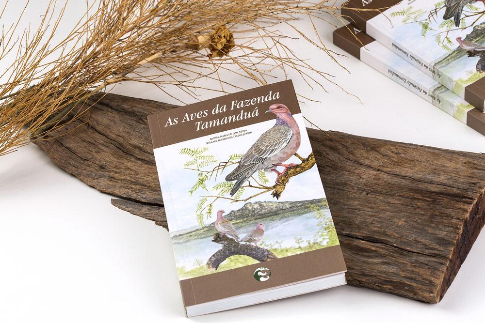 Livro As Aves da Fazenda Tamanduá