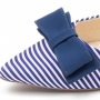 Sapatilha Listrada com Laço Azul MegaChic