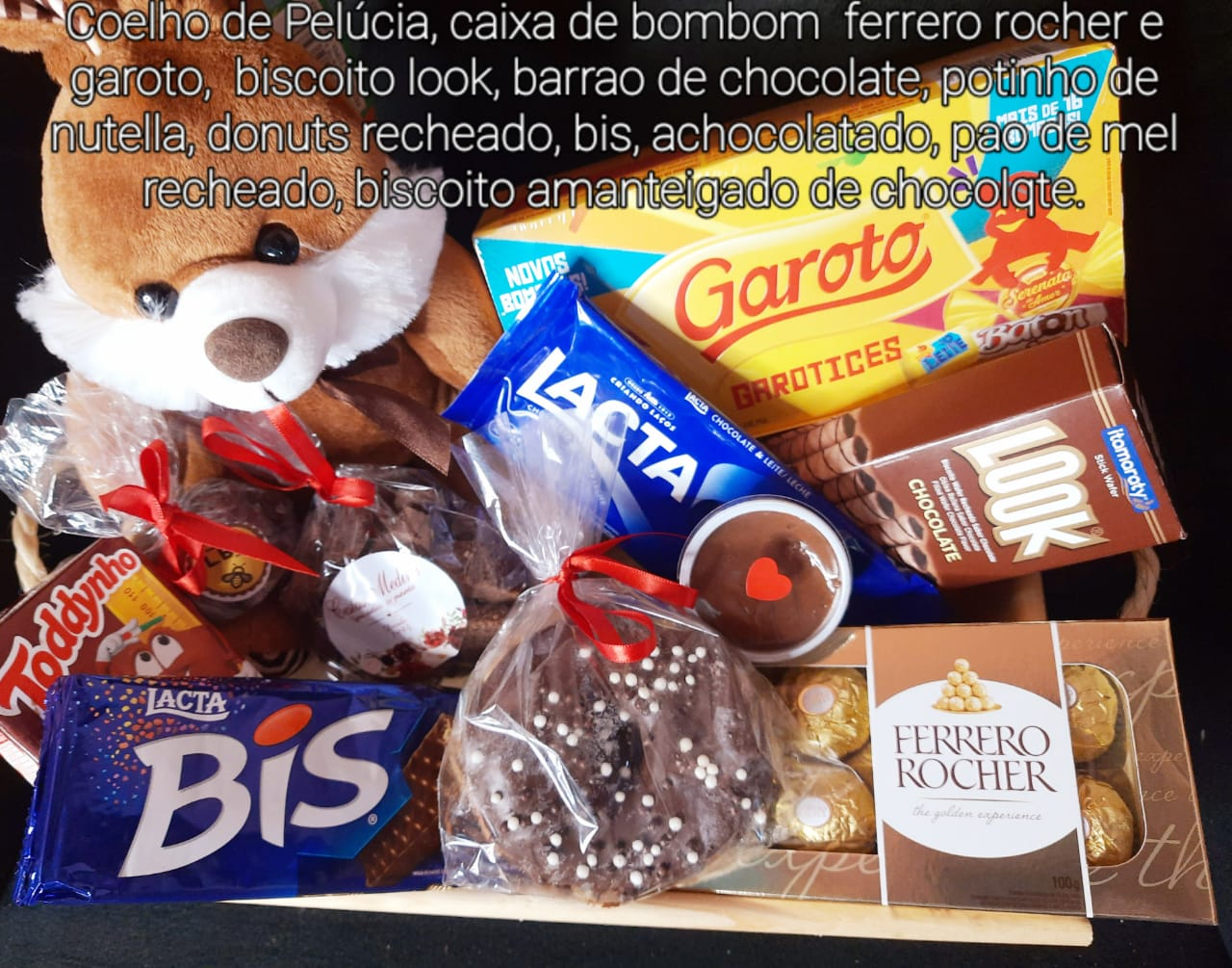 Bandeja Páscoa com chocolates e Coelho
