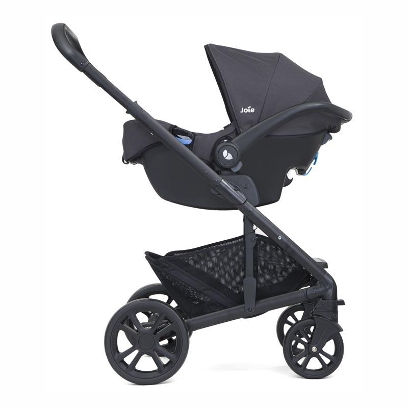 Carrinho Travel System Chrome Preto + Bebê Conforto Gemm + Base - Joie