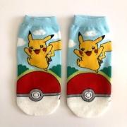 Meia Pikachu Pokebola