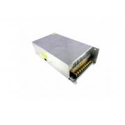 FONTE POWER TECH CHAVEADA 12VDC X 40A (7898614027048)