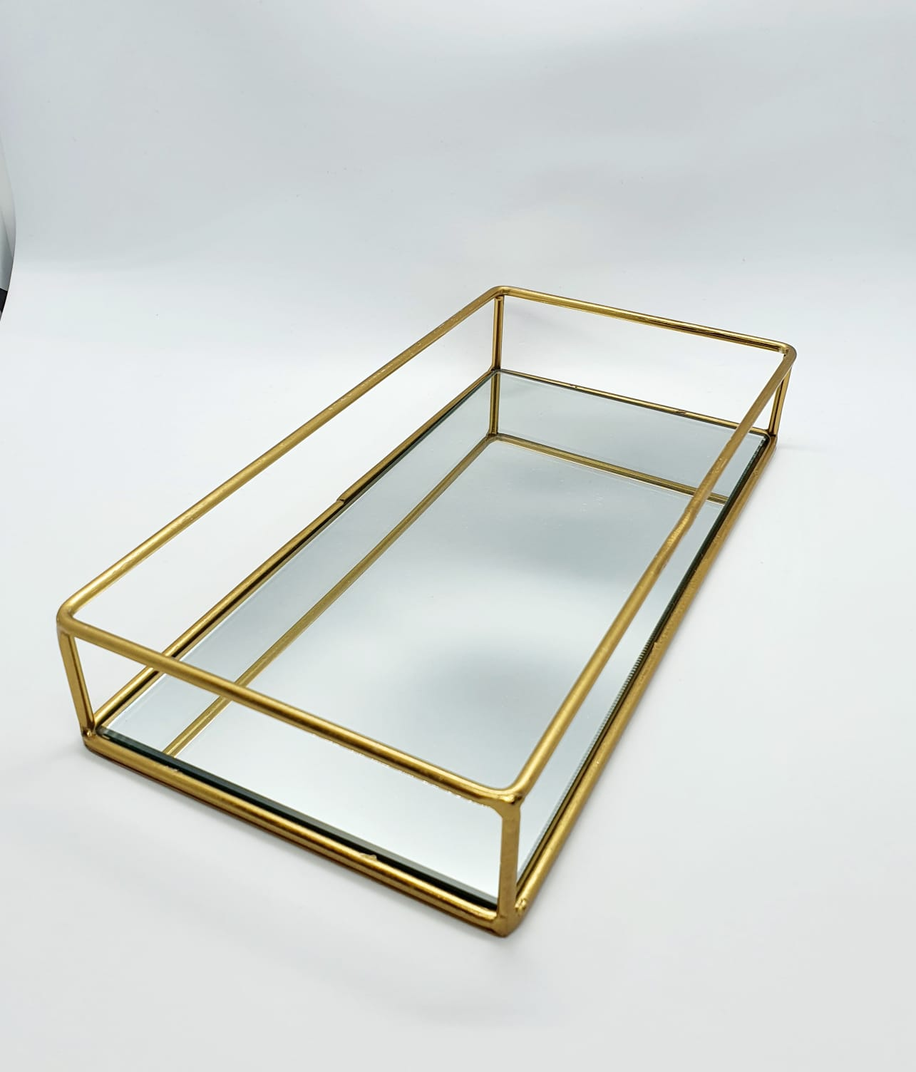 Bandeja Imperial espelhada dourada (menor)