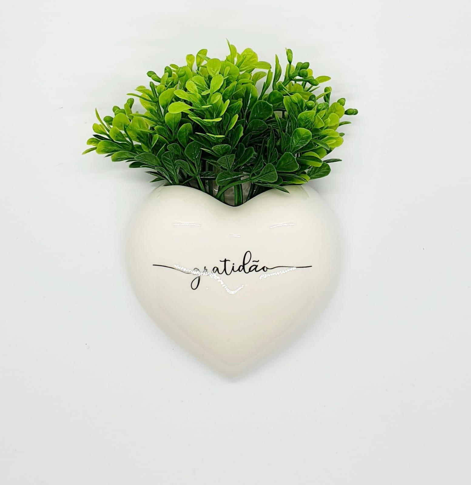 Cachepô de parede coração em porcelana - Gratidão.