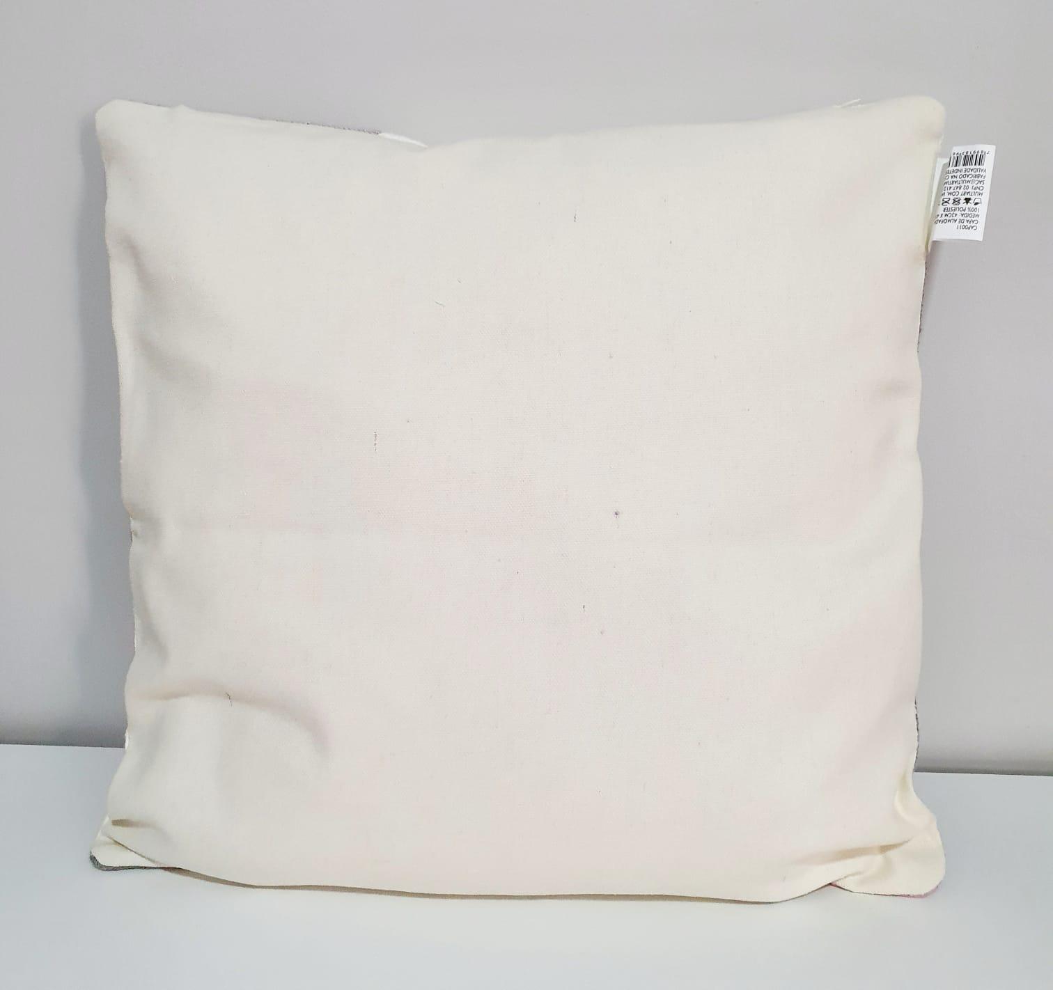 Capa para almofada - Tricô macramê 3 tons