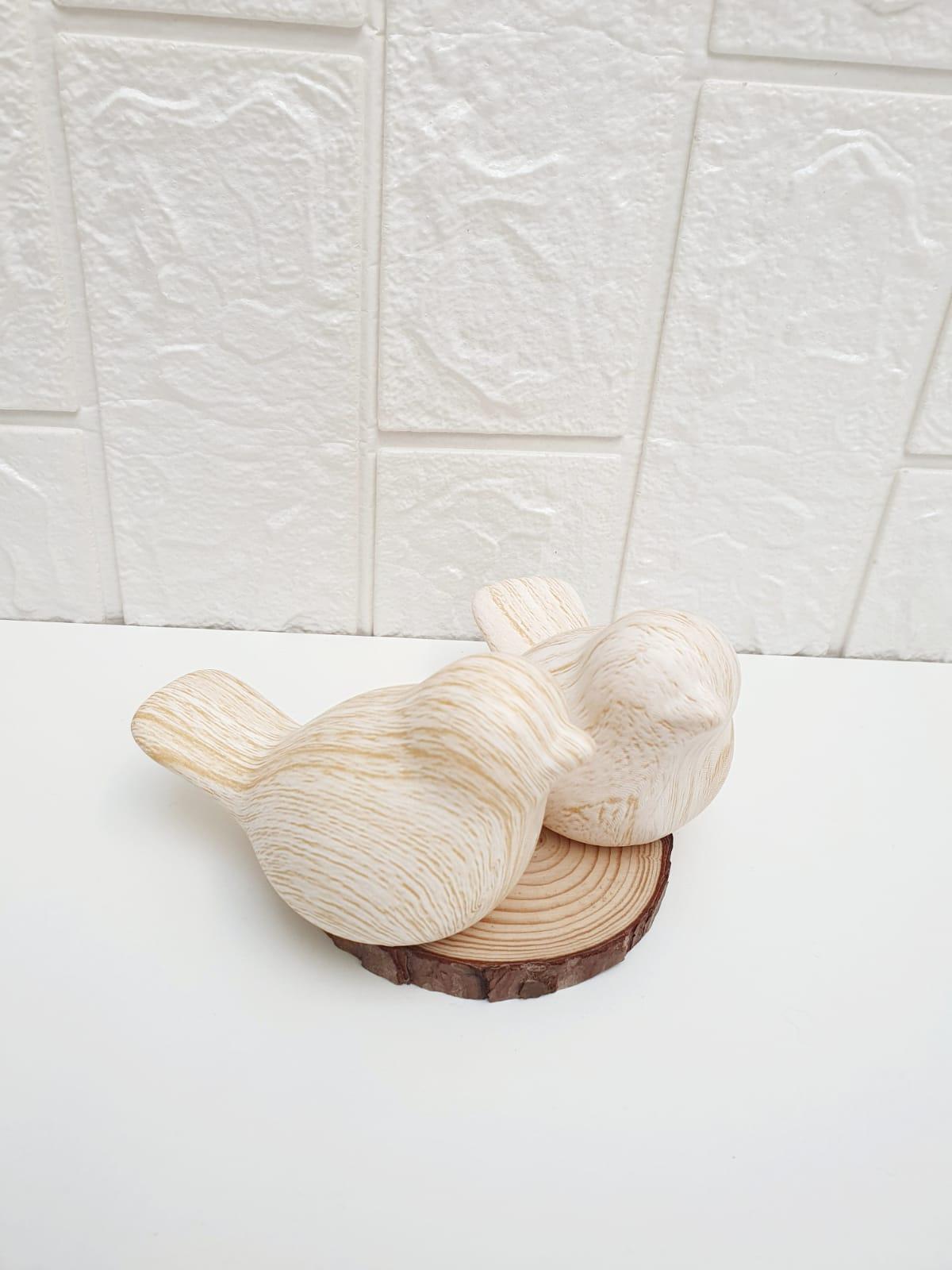 Casal de pássaros decorativos em porcelana marmorizado